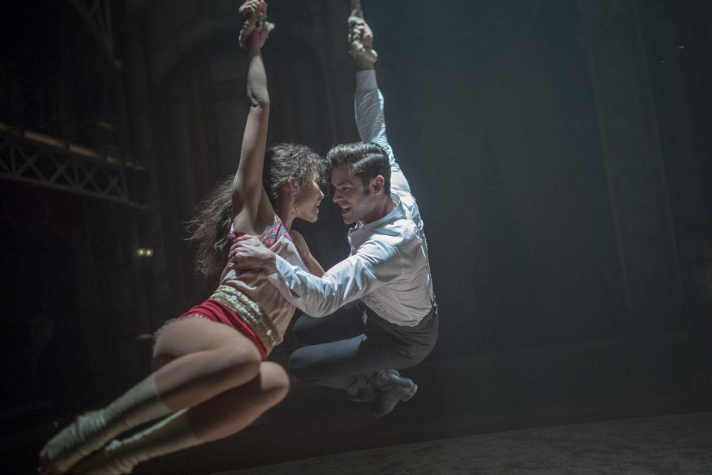 Zendaya & Zac Efron ropes scene